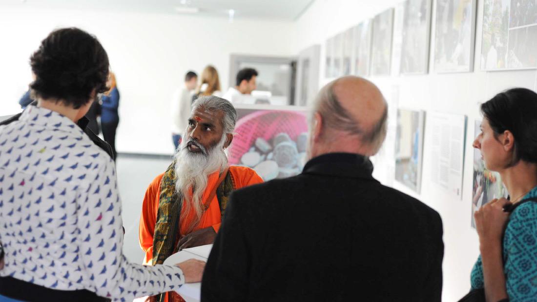 Bild Yaman Eröffnung Ausstellung KontaktKulturen